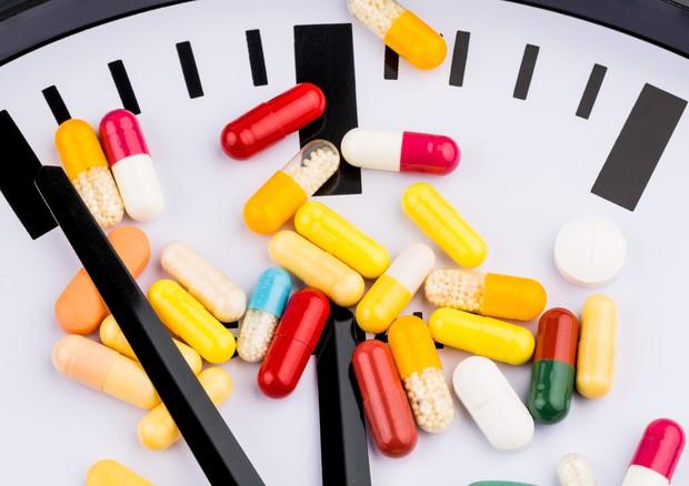Aumenta il coro di esperti Usa che non crede alla data di scadenza stampata sulle confezioni di farmaci
