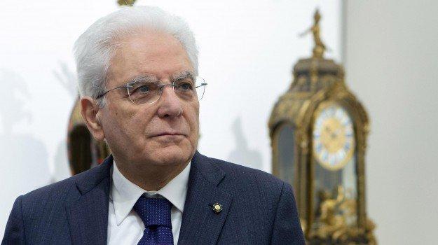 Governo, Mattarella convoca Conte: alle 17,30 al Quirinale