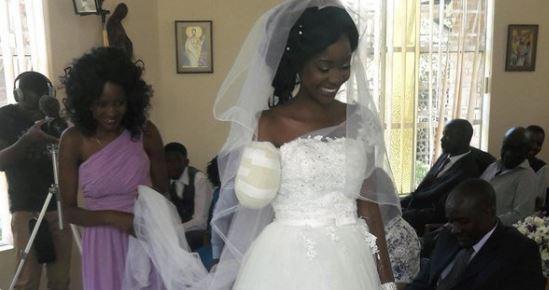 Zimbabwe, coccodrillo le stacca un braccio: la sposa mutilata non rinuncia alle nozze