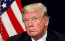 Usa, Trump firma decreto per tenere unite famiglie migranti: