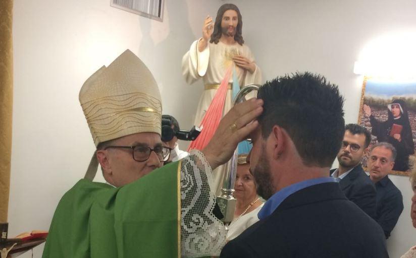 Mazara. Grande commozione e profonda partecipazione alla cresima nella cappella dell'ospedale