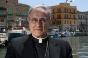 Migranti, parla il vescovo Mogavero