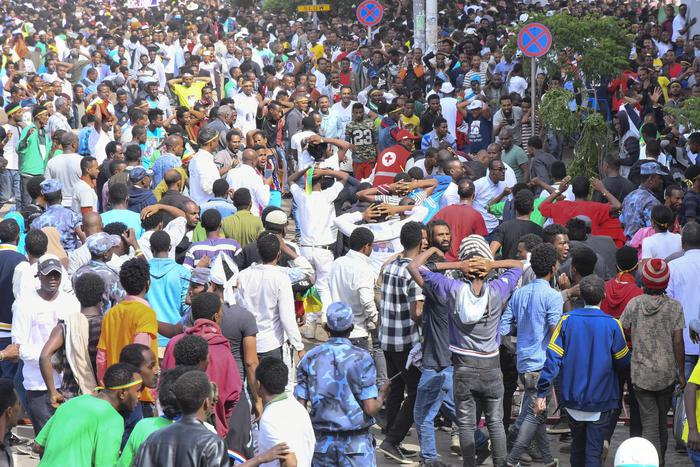 Etiopia: 2 morti e 150 feriti in attacco