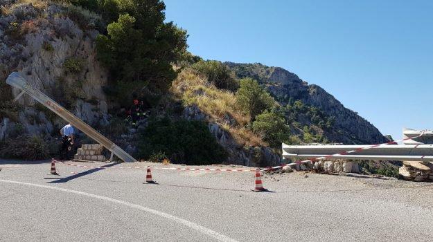 Auto vola giù da Monte Pellegrino: muoiono due ragazzi a Palermo