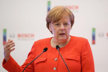 Merkel 'aperta a collaborare' con il nuovo Governo