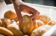 No al pane congelato venduto per fresco: in Sicilia decreto contro pubblicità ingannevole