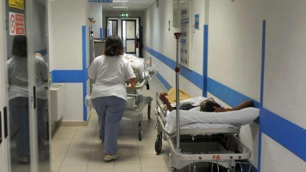 Sanità, 7 milioni di italiani indebitati nel 2017 per pagare le cure mediche