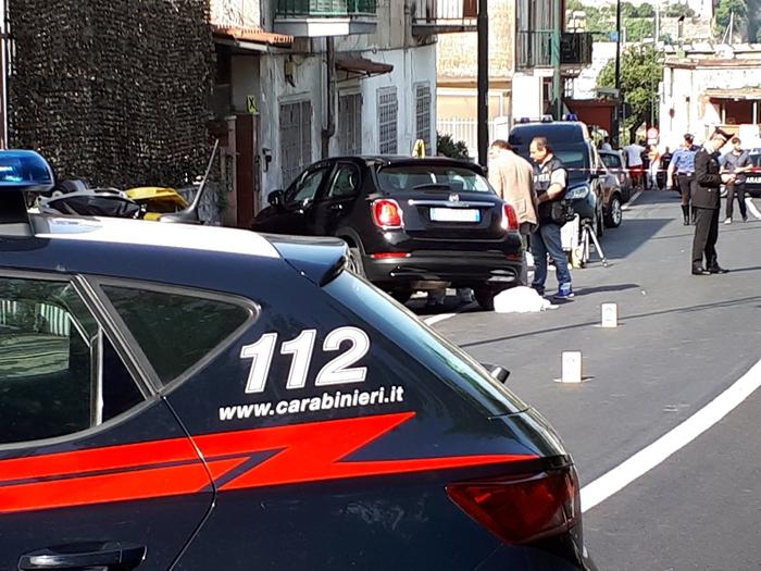 Giovane ucciso a Napoli a colpi pistola