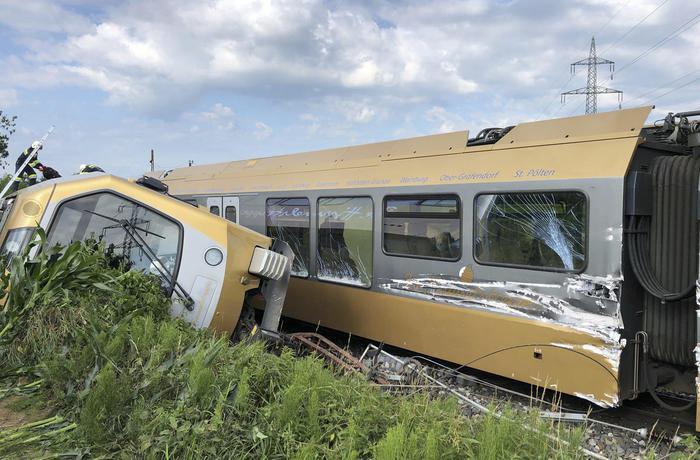 Austria: incidente ferroviario, 26 i feriti, 3 gravi