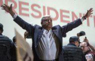 Messico, il presidente Lopez Obrador si riduce lo stipendio: guadagnerà 5mila euro al mese
