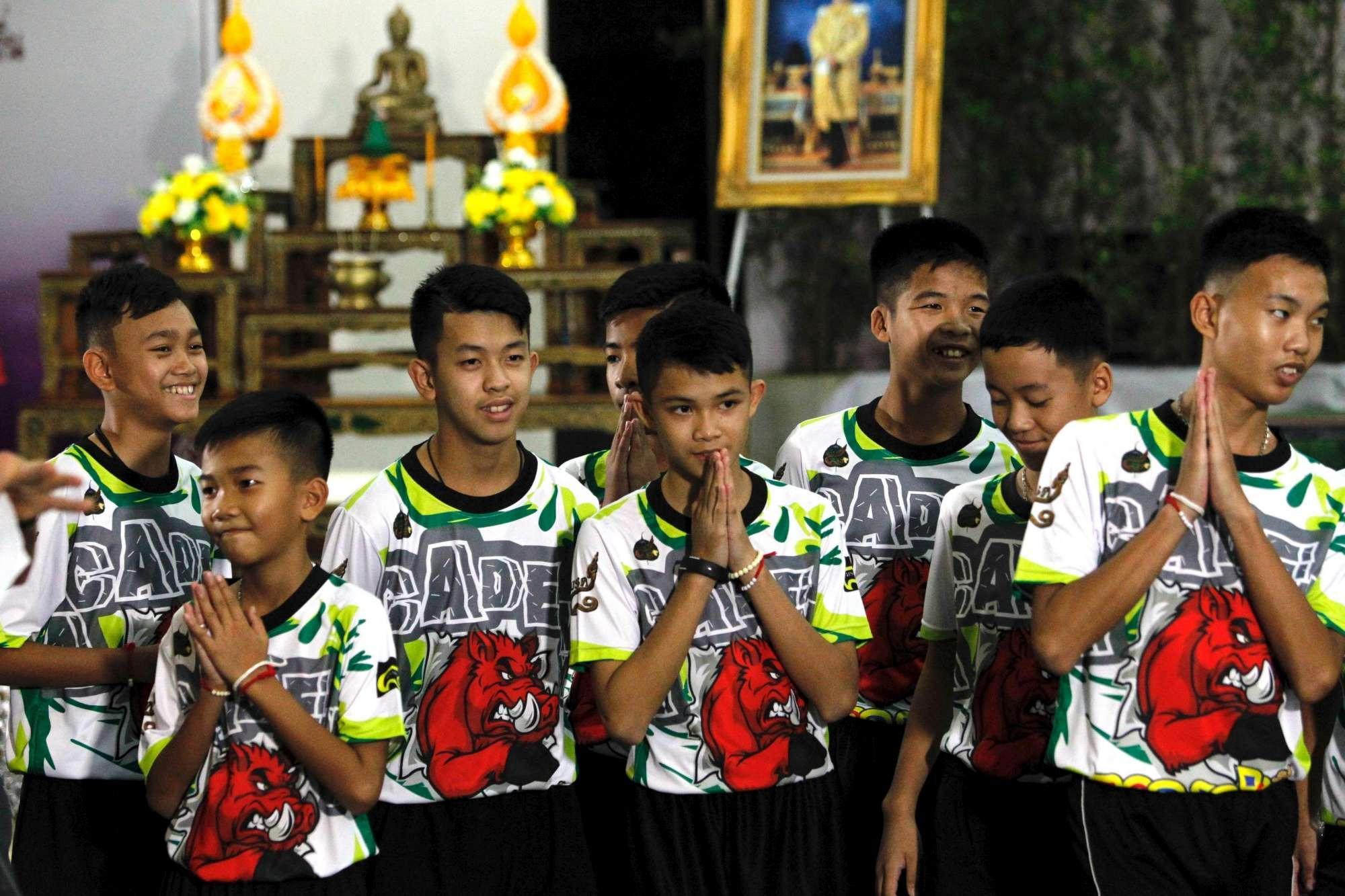 Thailandia, dimessi i ragazzi recuperati dalla grotta: