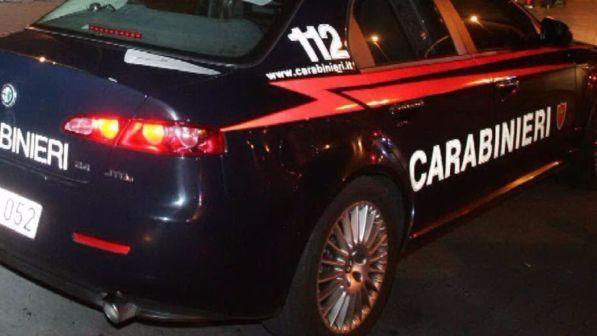 Lecce, litiga con i vicini e spara: due morti e due feriti