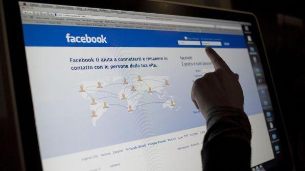 Facebook denuncia attacco: colpiti 50 milioni account, dati a rischio. Zuckerberg: