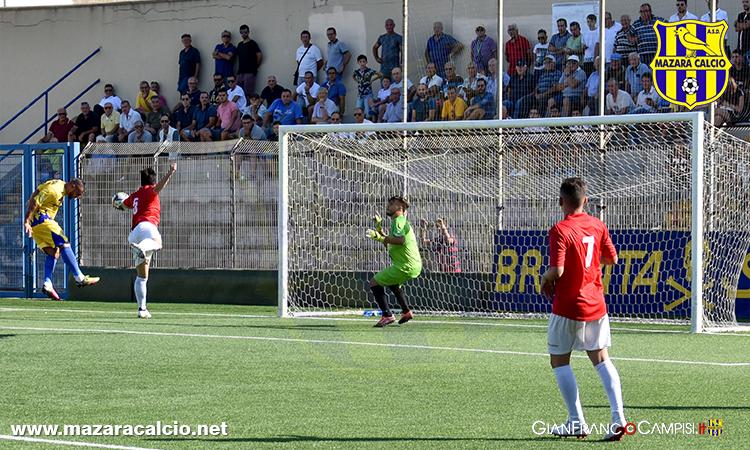 Goleada e Show del Mazara con il Castelbuono. I canarini vincono 6-0, tripletta del bomber Messina