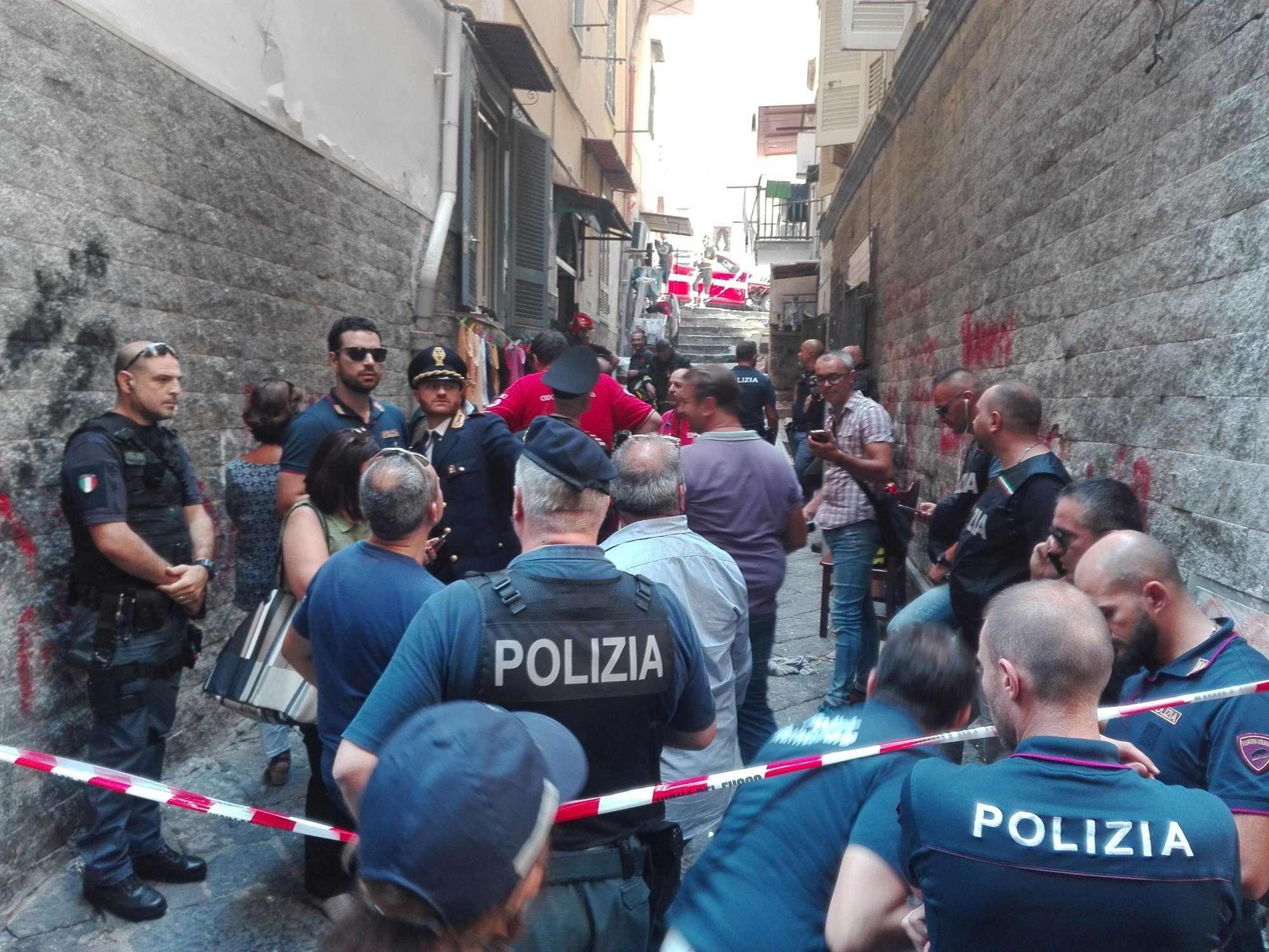Esplosione a Napoli, un morto: in programma lo sfratto dalla casa