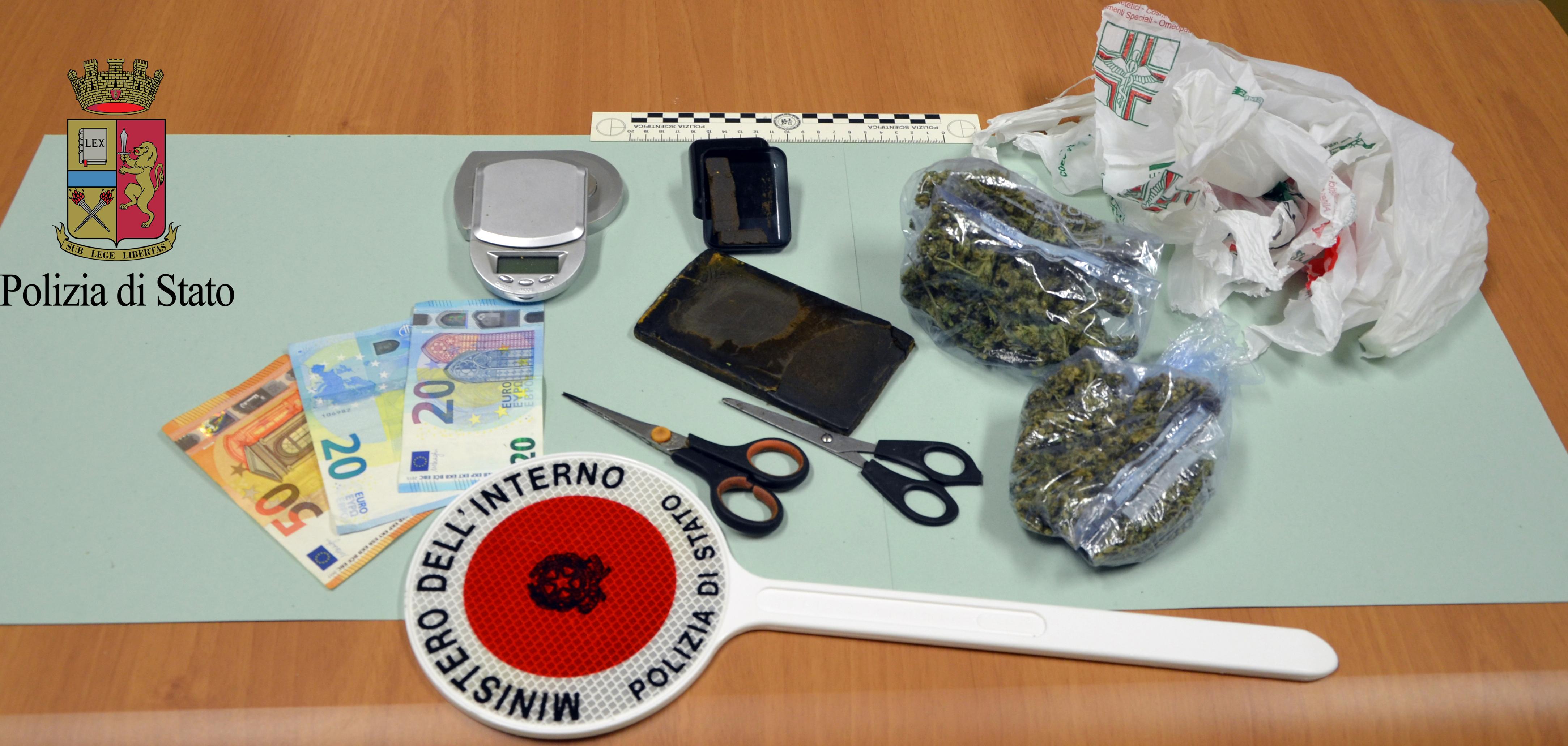 Mazara. Un arresto per spaccio di sostanza stupefacente del tipo hashish e marijuana