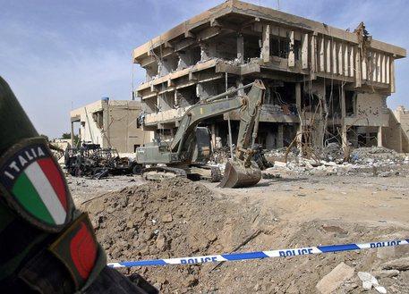 Mattarella ricorda i 19 soldati italiani morti nella strage di Nassiriya