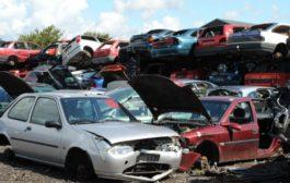 Manovra del governo, 1.000 euro per rottamazione vecchie auto