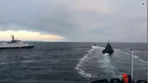 Scontro navale tra Russia e Ucraina, tutti arrestati i 24 marinai ucraini