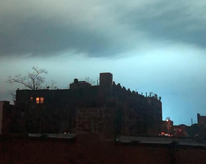 Esplode centrale elettrica a New York