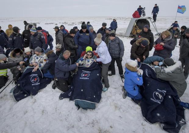 Rientrato a Terra l'equipaggio della Soyuz, dopo 197 giorni