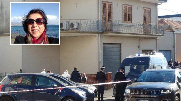 Omicidio a Giarre, sessantenne uccisa dall'ex marito che si suicida