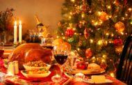 Natale: le 10 regole per non esagerare. Inutile stare a stecchetto durante i pranzi e le cene di questo periodo