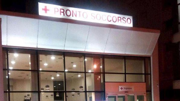 Milano, incendio in una struttura per anziani: un ferito grave