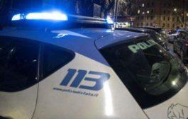 Donna droga la figlia minore e poi il patrigno ne abusa: arrestati