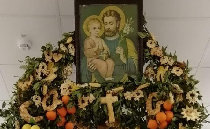 Mazara: L'altare di San Giuseppe nella cappella dell'ospedale