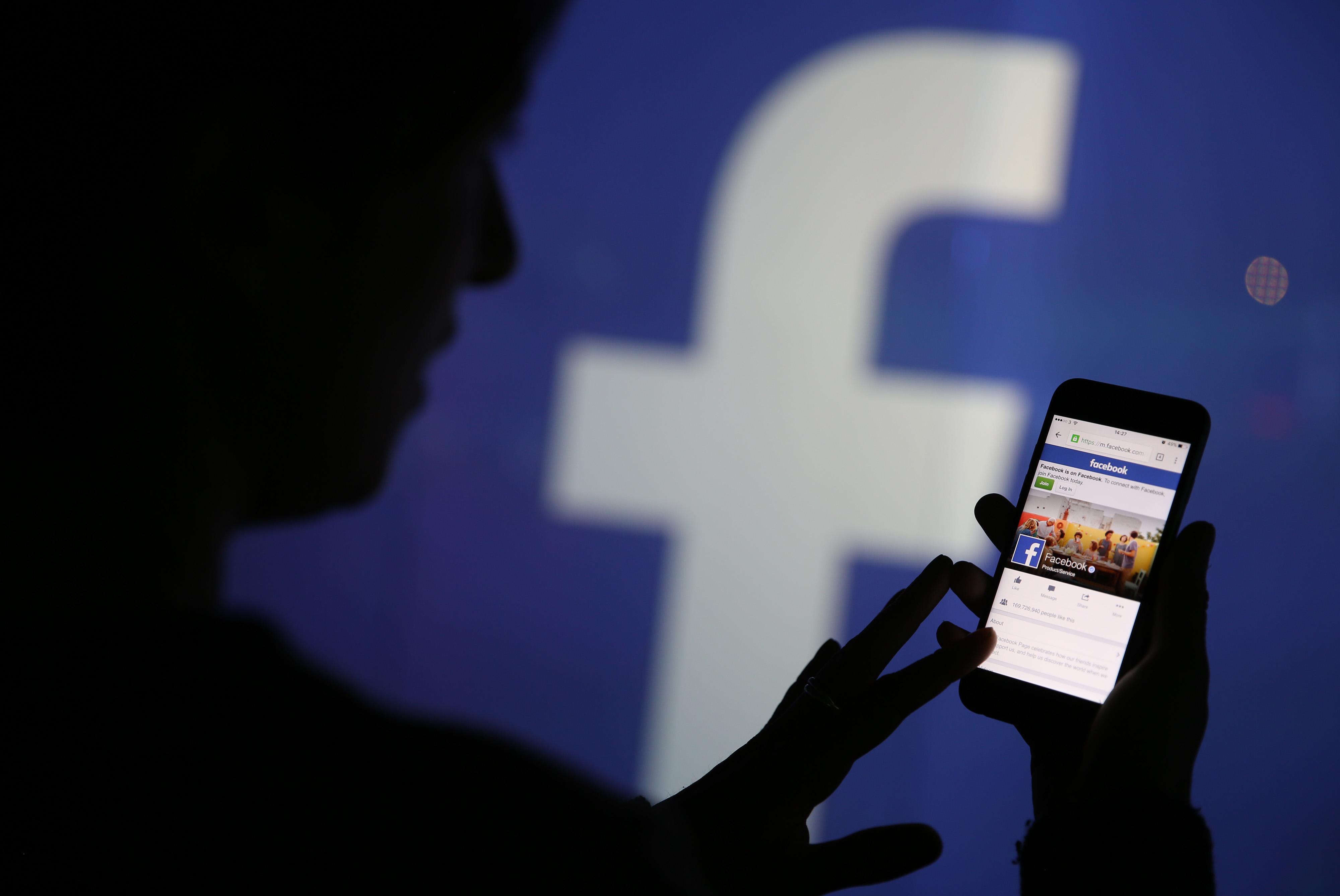 Facebook non va: in tutto il mondo segnalati problemi ad accedere