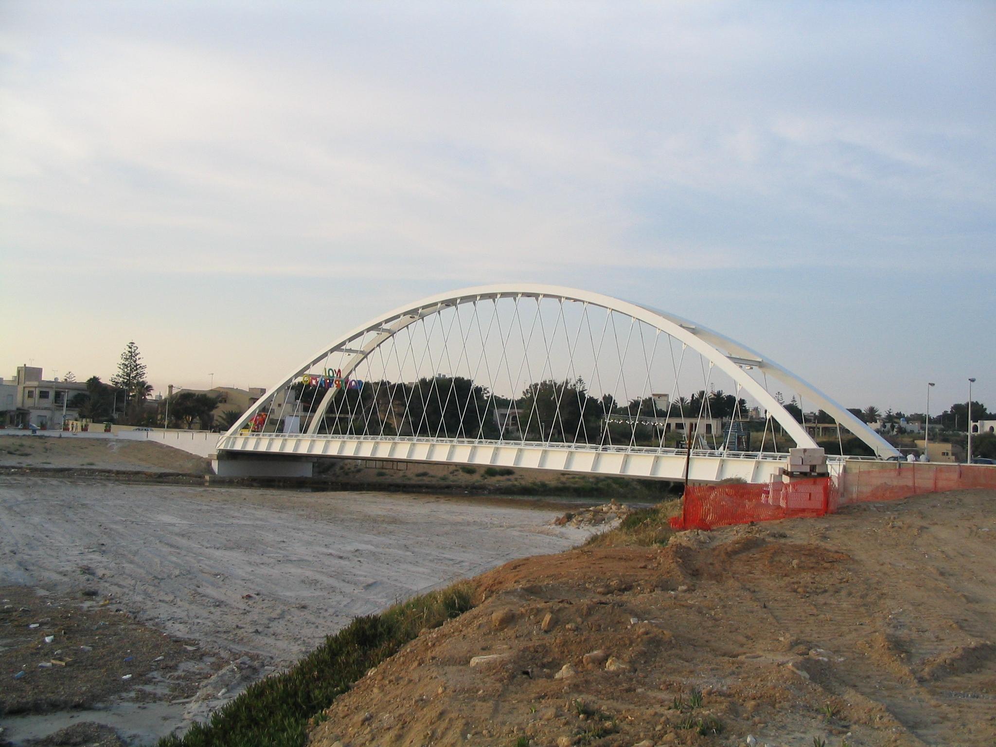 Mazara: Appello alla cittadinanza per lavori urgenti lungo le sponde del fiume Delia