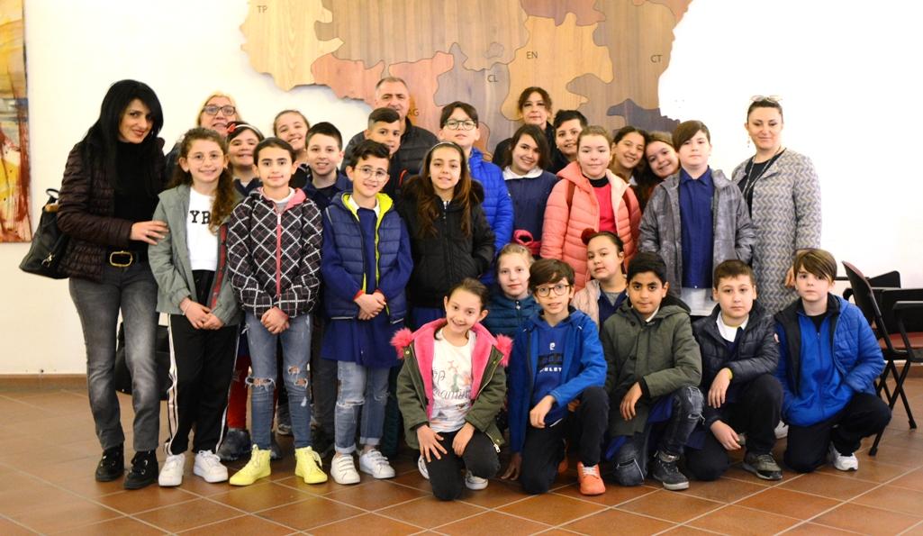 Mazara: Visita al Comune degli alunni delle quarte classi dell'istituto