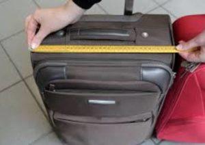 Ryanair cambia di nuovo le regole per il bagaglio a mano