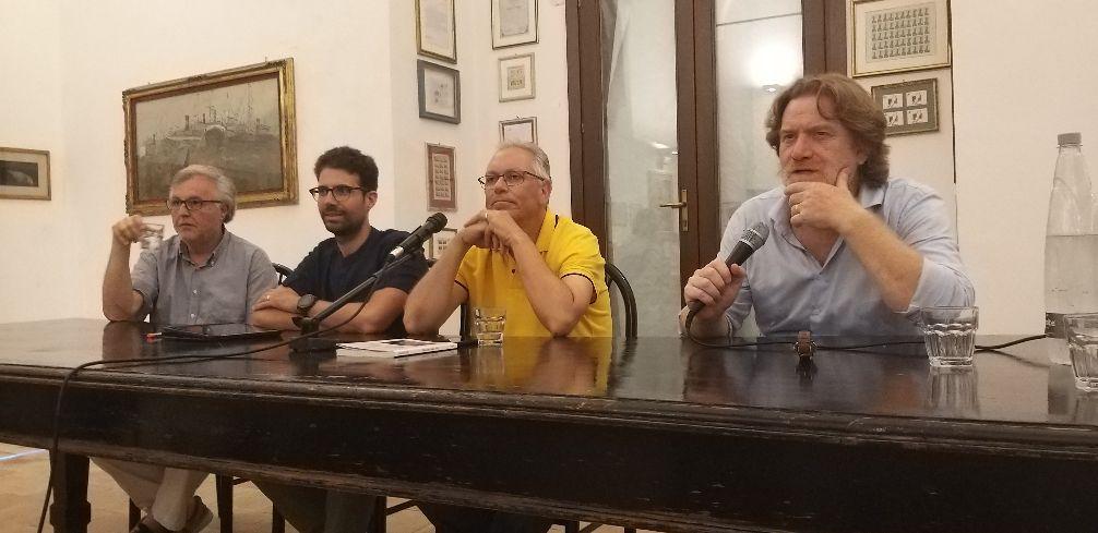 Mazara. DAL COLLEGIO DEI GESUITI LA PRESENTAZIONE DEL LIBRO DI JOHNNY DOTTI