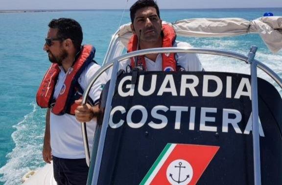 La guardia costiera di Mazara soccorre natante in avaria con 4 persone a bordo