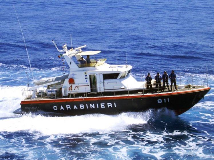 Denunciato comandante mazarese di un motopesca intento ad effettuare il rimorchio di una gabbia di tonni vivi