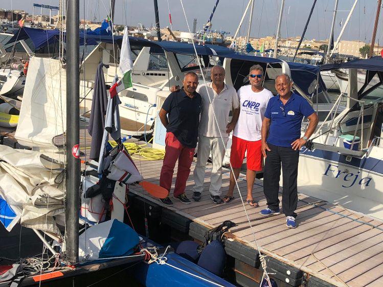 """La Lega Navale di Mazara accoglie Andrea Barbera atleta impegnato nel suo """"Solo Around Sicily"""""""