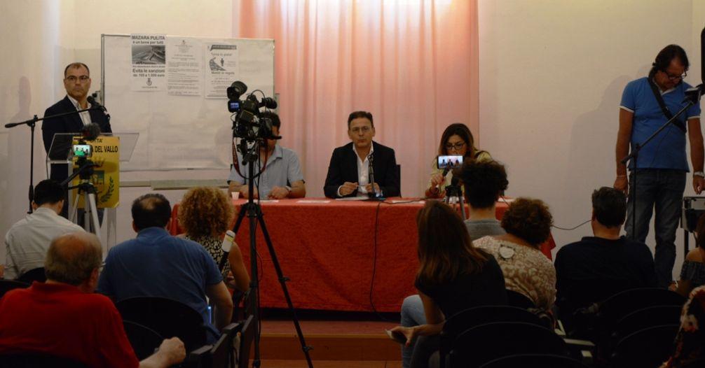 """Mazara. Approvata la""""Riorganizzazione della struttura burocratica del Comune"""". Dettagli nella conferenza stampa di venerdì"""