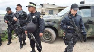 Messico, 12enne spara in classe all'insegnante e ai compagni e poi si suicida