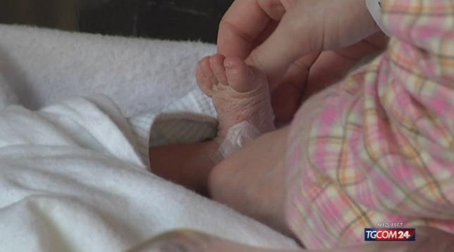 Coronavirus, guarita la bimba di 50 giorni risultata positiva. Condizioni stabili per il bimbo di 11 mesi