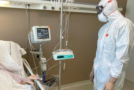 Coronavirus: Contagiati 4.824 operatori sanitari, altre due vittime tra i medici