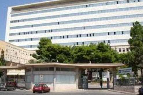 Coronavirus, ASP: al Sant'Antonio Abate due pazienti lasciano Rianimazione, respirano autonomamente