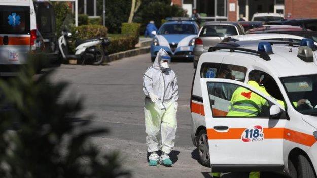 Coronavirus, altri due casi a Palermo: posti letto esauriti, camionista trasferito a Caltagirone