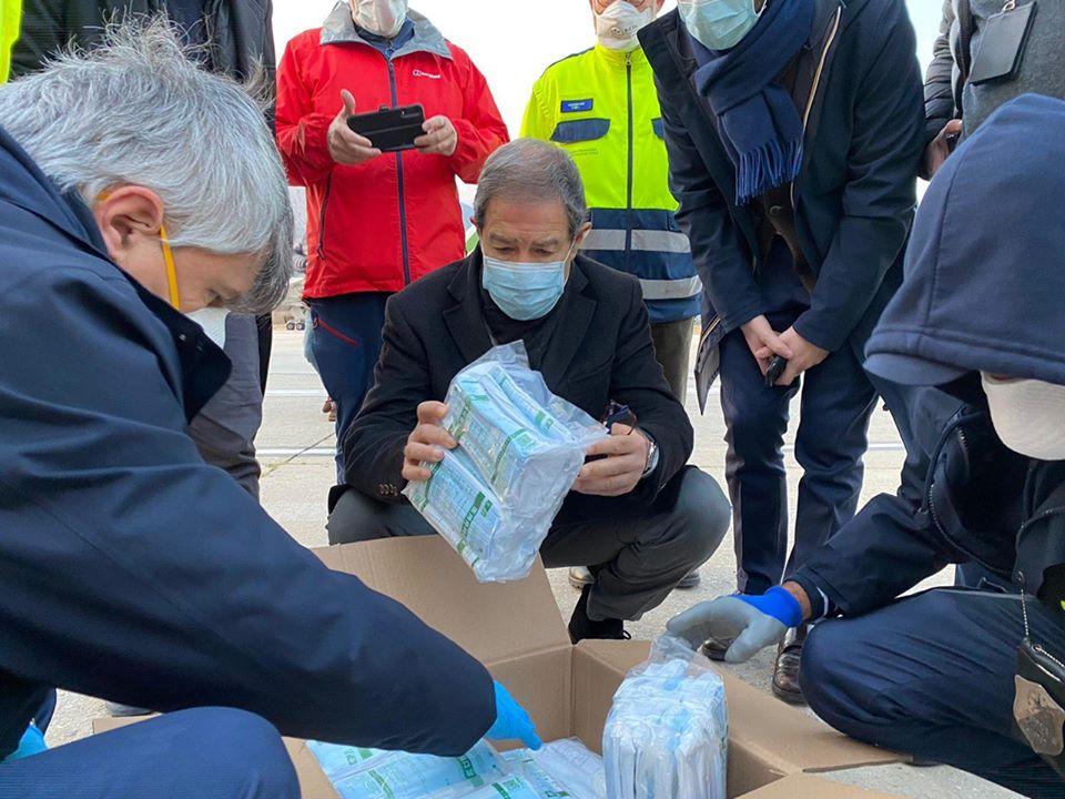 Regione Siciliana: Arrivati quaranta tonnellate di dispositivi di protezione destinati alla sanità dell'Isola