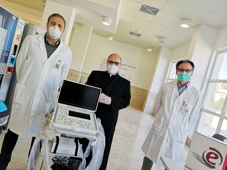 LA DIOCESI DONA UN ECOGRAFO ALL'OSPEDALE DI MAZARA