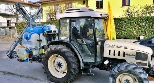 """I trattori del Comitato """"Mazara Agricola"""" sanificano specifiche aree del territorio"""