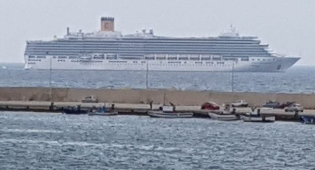 Nave con 3.000 passeggeri ferma al largo di Marsala, sospetto caso di coronavirus