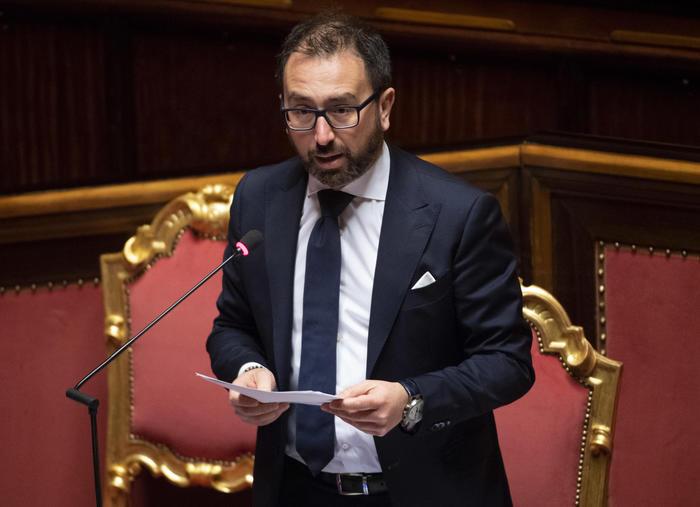 Il ministro della Giustizia Bonafede rivendica la sua