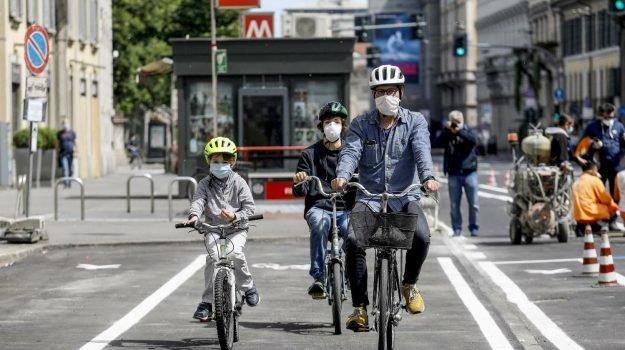 Bonus bicicletta di 500 euro per comprare bici e monopattini
